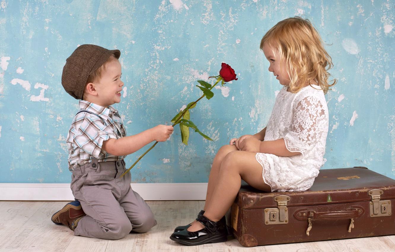 Обои подарок, Поздравление, Девочка, мальчик, дети. Настроения foto 17