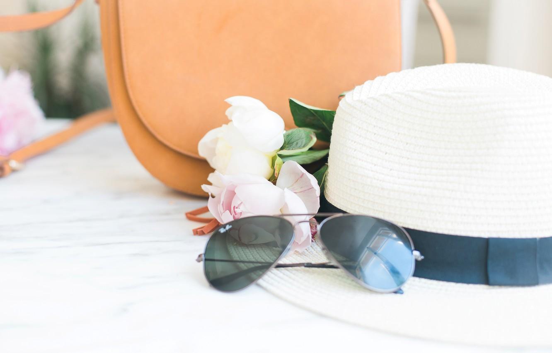 Фото обои цветы, букет, шляпа, очки, сумка, pink, flowers, пионы, peonies, tender, marble
