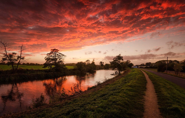 цветная подсветка закат тропинка речка картинки вдается материк
