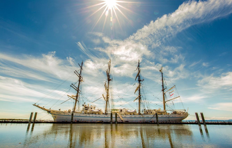 фотографии кораблей на солнце религиозные