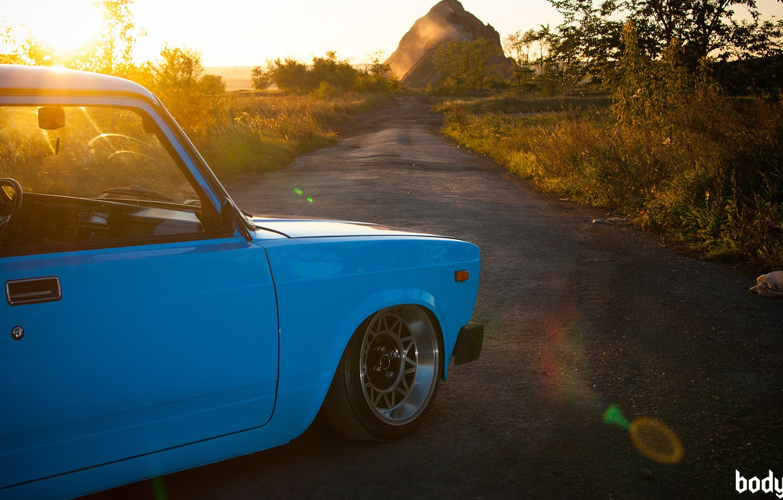 Фото обои солнце, природа, тюнинг, радуга, голубая, ВАЗ-2104