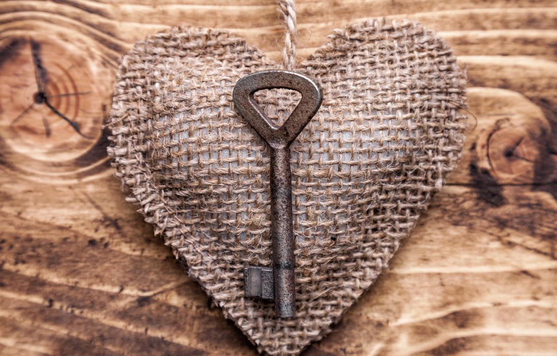 Фото обои любовь, дерево, романтика, сердце, ключ, love, heart, wood, key, romantic