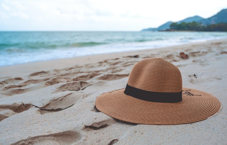 Идеи для фото со шляпой море