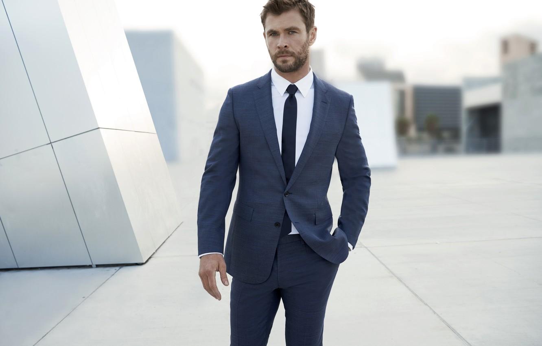 Фото обои мужчина, актёр, Крис Хемсворт, Chris Hemsworth, журнал V 2018