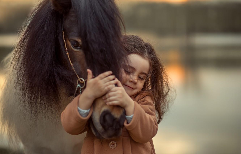 Фото обои эмоции, лошадь, девочка