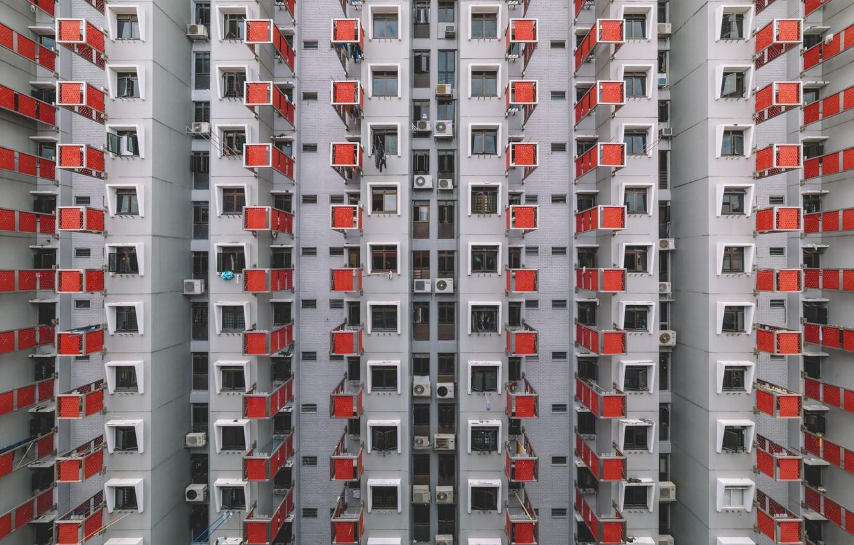 Фото обои город, дом, окна, Китай, вешалка, вешалки, Гон-Конг, clothes hanger, сушилки