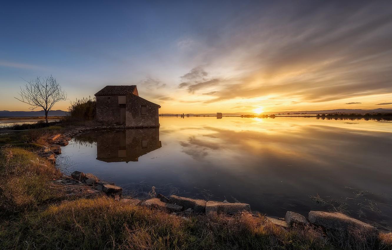 Фото обои закат, озеро, дом