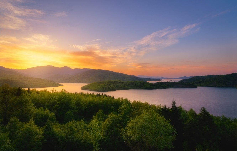 Фото обои лес, закат, горы, озеро, Греция, Greece, Водохранилище Тавропос, Tavropos Reservoir, Плато Неврополис, Озеро Пластирас, Lake ...