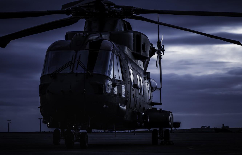 Фото обои авиация, ночь, вертолет, аэродром, AgustaWestland, AW101 Merlin