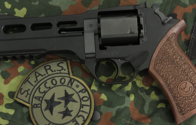 Фото обои оружие, револьвер, weapon, revolver, Residen Evil, Rhino, S.T.A.R.S., Chiappa