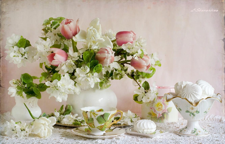 Фото обои тюльпаны, посуда, натюрморт, яблоня, зефир