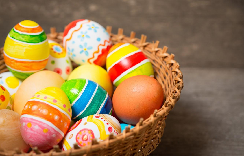 Фото обои корзина, colorful, Пасха, happy, wood, Easter, eggs, holiday, basket, яйца крашеные