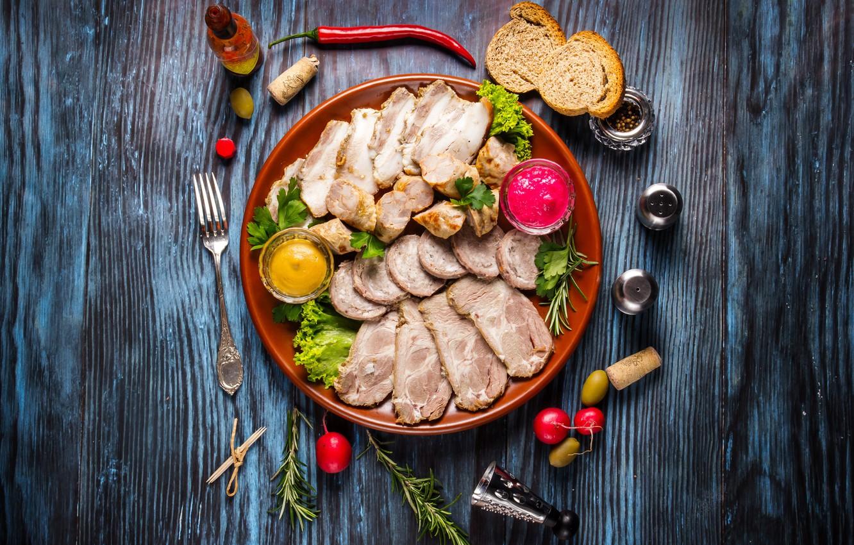Фото обои хлеб, мясо, соус, wood, колбаса, нарезка, бекон, специи, ассорти