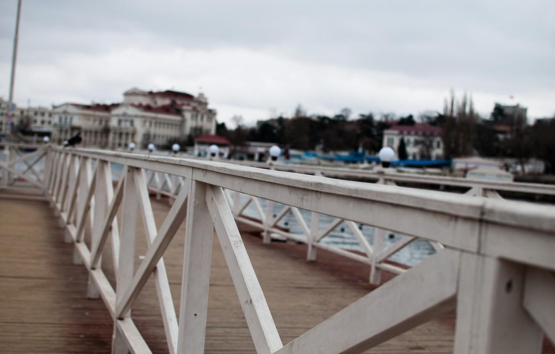 Фото обои забор, пирс, крым, севастополь, зима в крыму