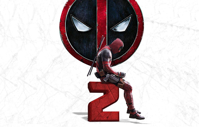 Фото обои оружие, фон, пистолеты, логотип, маска, костюм, перчатки, Райан Рейнольдс, Ryan Reynolds, мечи, постер, Deadpool, катаны, …