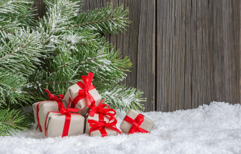 Фото обои снег, праздник, подарок, подарки, Новый год, New Year, еловые ветки