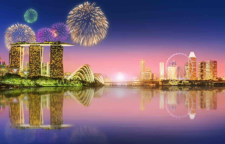 Фото обои море, пейзаж, lights, огни, небоскребы, салют, Сингапур, архитектура, мегаполис, blue, night, fountains