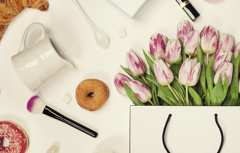 Фото обои цветы, тюльпаны, посуда, Праздник, кисть, подарк