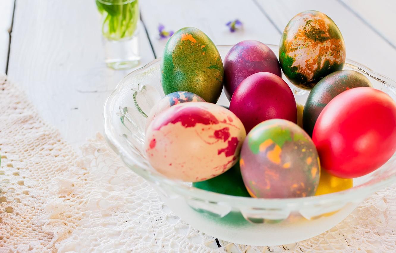 Фото обои праздник, яйца, Пасха, кружево, салфетка, Easter, крашенки, вазочка