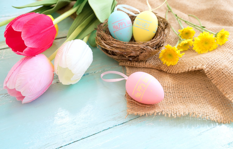 Фото обои цветы, корзина, яйца, весна, colorful, Пасха, тюльпаны, wood, pink, flowers, tulips, spring, Easter, eggs, decoration, …