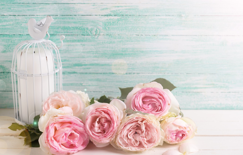 Фото обои цветы, розы, букет, розовые, vintage, wood, pink, flowers, roses, candle