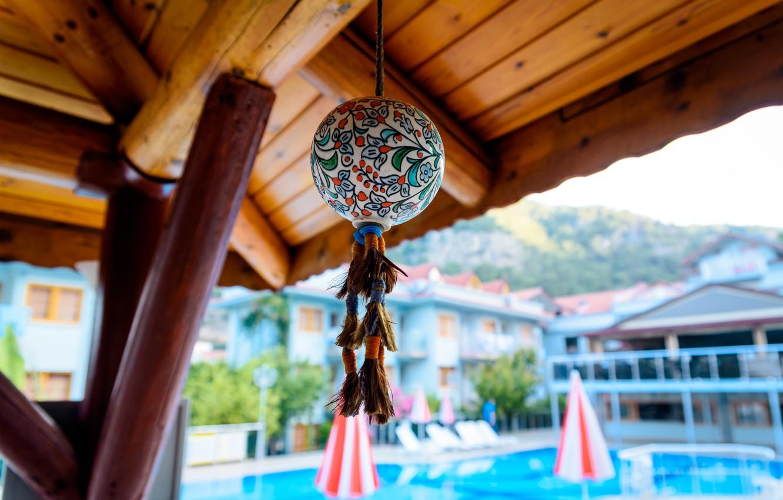 Фото обои шар, декор, шар с кисточками