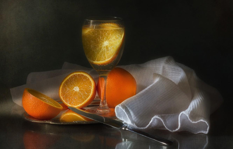 Фото обои бокал, апельсины, напиток