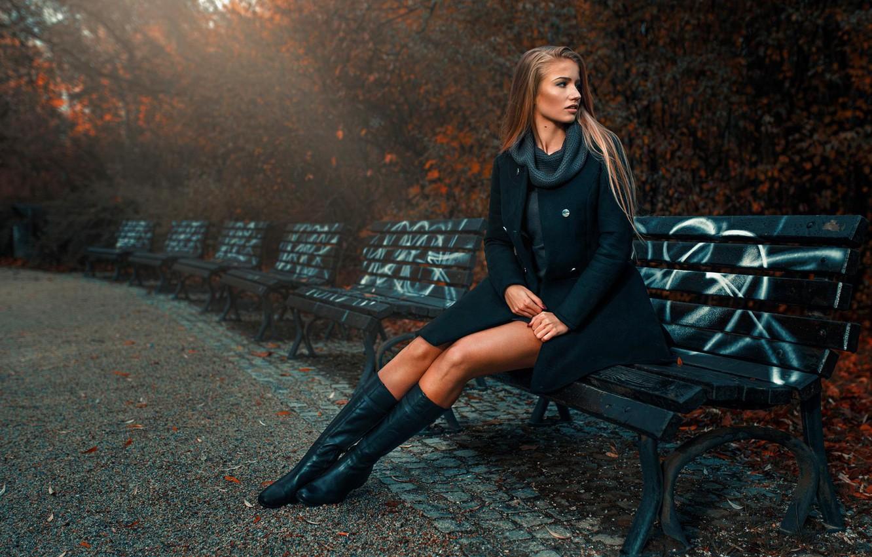 Фото обои осень, девушка, стиль, парк, скамейки, Asia Piorkowska