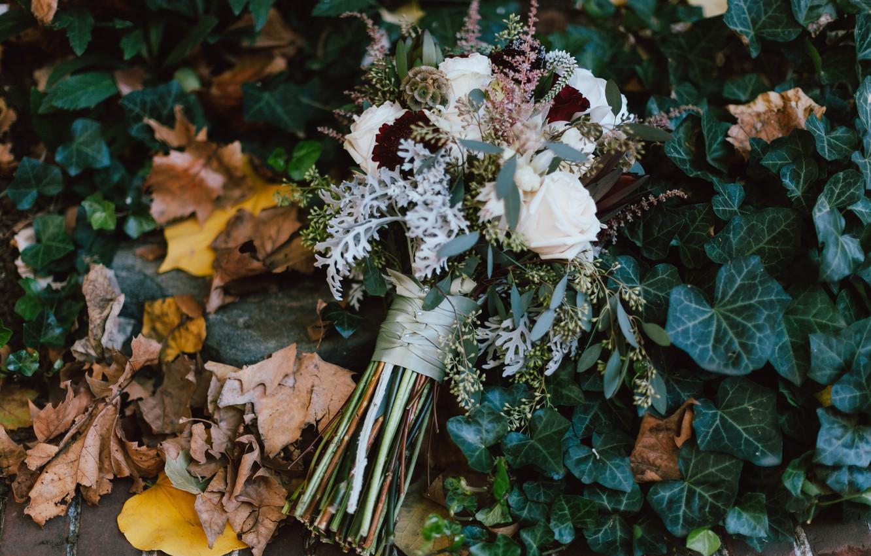 Фото обои осень, листья, цветы, розы, букет, свадебный