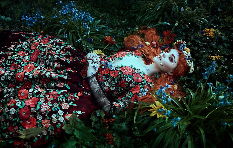 Фото обои девушка, цветы, стиль, настроение, платье, венок, Bella Kotak, Jodi Lakin