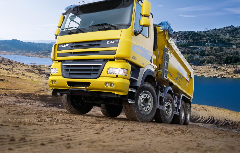 Фото обои жёлтый, грузовик, кузов, грунтовка, DAF, ДАФ, самосвал, Euro5, 8х4, DAF CF85.460