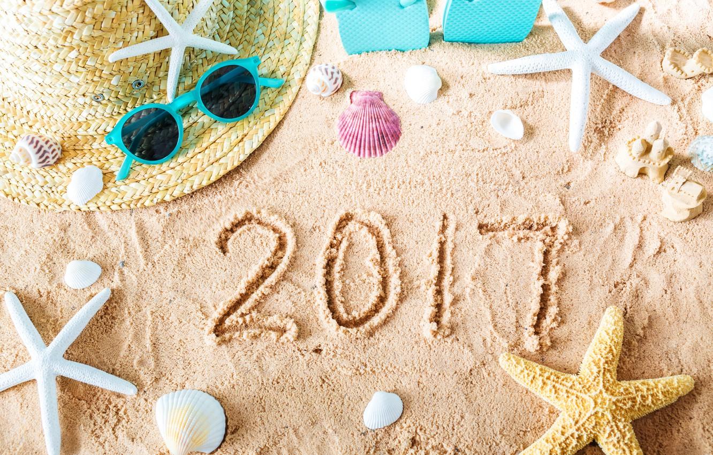 Фото обои песок, пляж, лето, звезды, отдых, шляпа, очки, ракушки, summer, beach, каникулы, sand, vacation, starfish, seashells, …