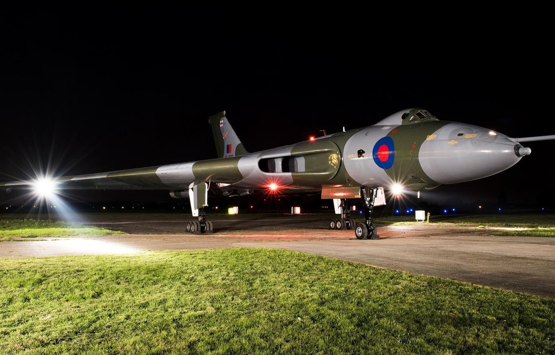 Обои боевой самолет, ночь, освещение, свет, крылатая машина. Авиация foto 7