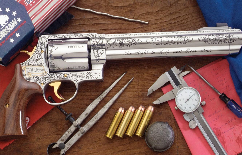 Фото обои оружие, револьвер, weapon, гравировка, custom, Smith & Wesson, 500 S&W Magnum, engraving, revoler