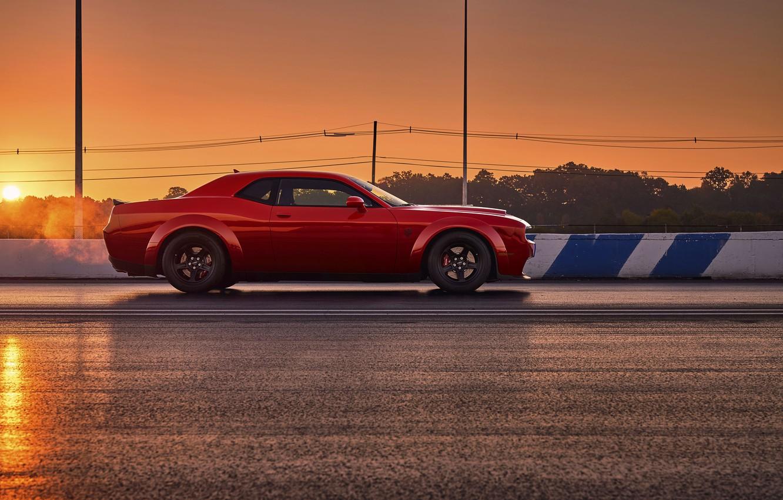 Фото обои Challenger, red, sportcar, 2018, musclecar, SRT, Track, Demon, Drag Racing