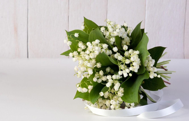Фото обои цветы, букет, лента, Ландыши