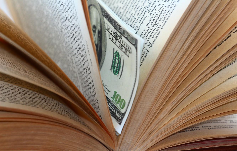 Фото обои макро, книга, доллары, закладка