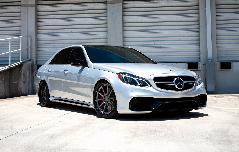 Фото обои Mercedes, wheels, AMG, E63, COR, lowered