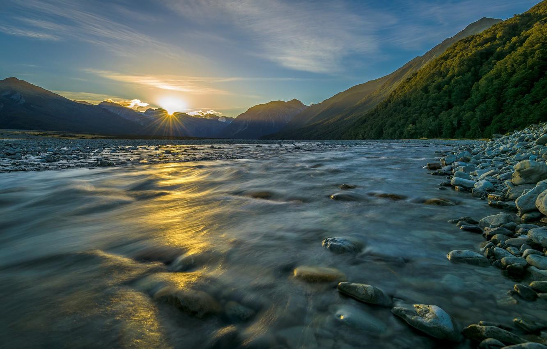 Фото обои вода, солнце, горы, река, камни