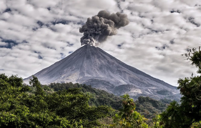 Фото обои небо, природа, дым, Volcán de Fuego de Colima