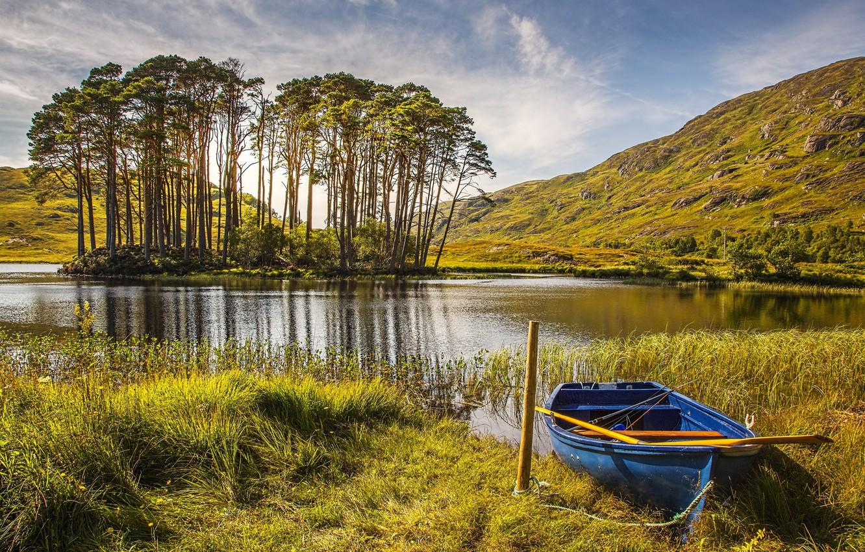 Фото обои Природа, Трава, Осень, Озеро, Деревья, Лодка, Шотландия