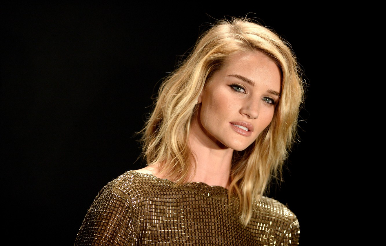Фото обои взгляд, девушка, поза, фон, модель, актриса, блондинка, girl, background, model, hair, blonde, Rosie Huntington-Whiteley, pose, …