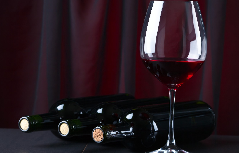 Обои бутылка, стол, бокал, вино, красное. Разное foto 13
