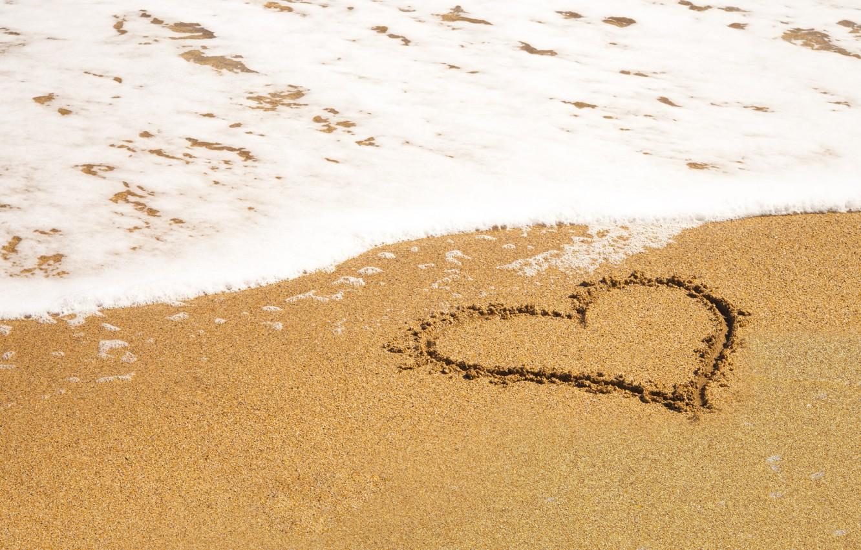 Картинки сердца на песке, картинки день влюбленных
