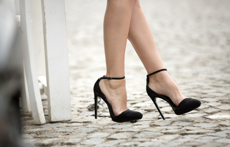 Фото обои legs, model, heels