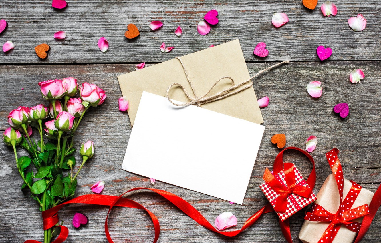 Фото обои любовь, цветы, розы, букет, лепестки, подарки, сердечки, love, wood, flowers, romantic, hearts, Valentine's Day, gift, …