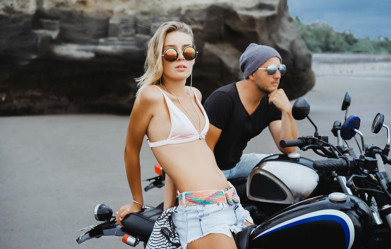 Картинки мужчин и мотоцикл пляж