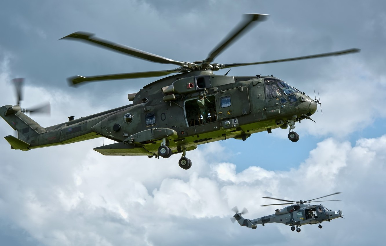 Фото обои небо, пара, вертолёты, Merlin, AgustaWestland AW101