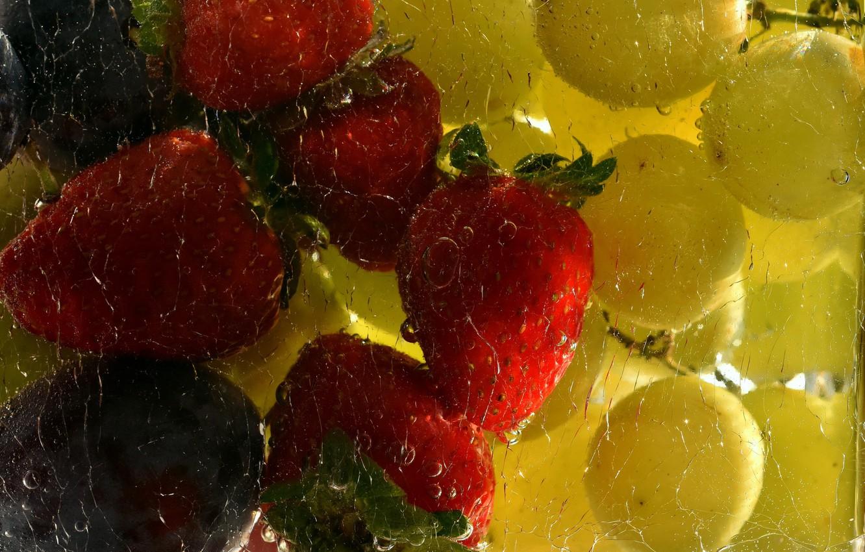 Фото обои фон, клубника, виноград