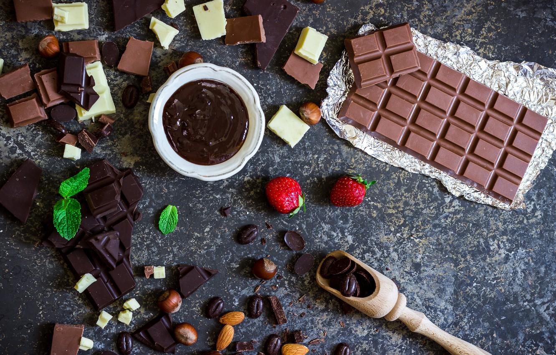 Фото обои шоколад, клубника, миндаль